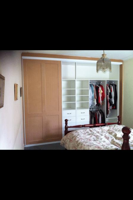 Three Door Slider Internals