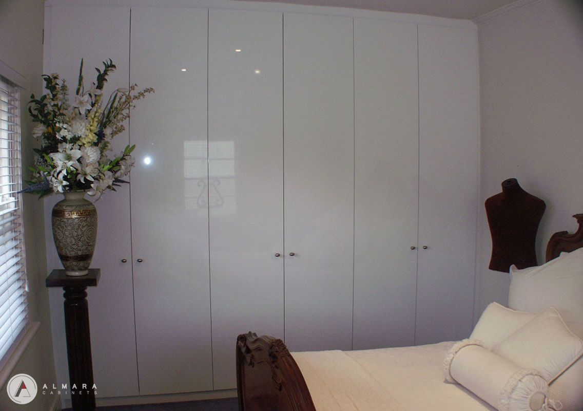 Plain doors dulux white gloss